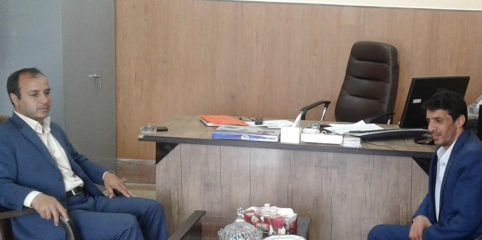 دیدار رئیس اداره کتابخانه های عمومی شهرستان خدابنده با بخشدار بخش افشار